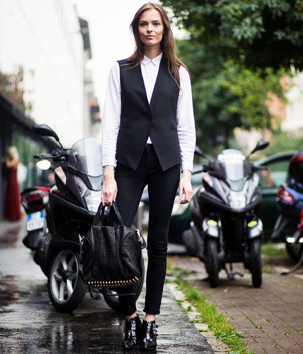 camisa-branca-colete-street-style