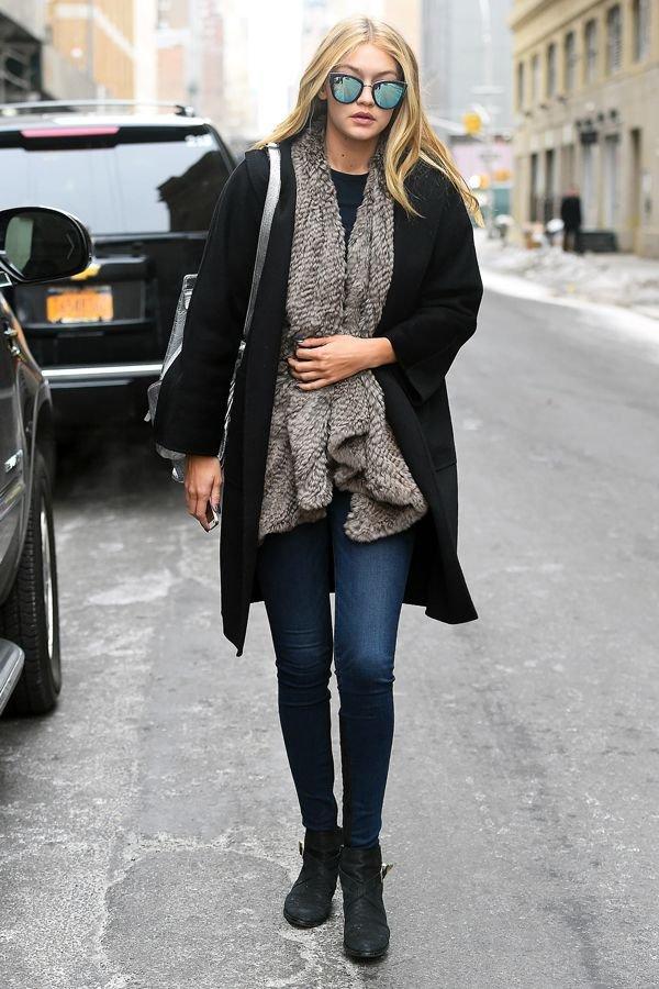Gigi-Hadid-fur-street-style-model