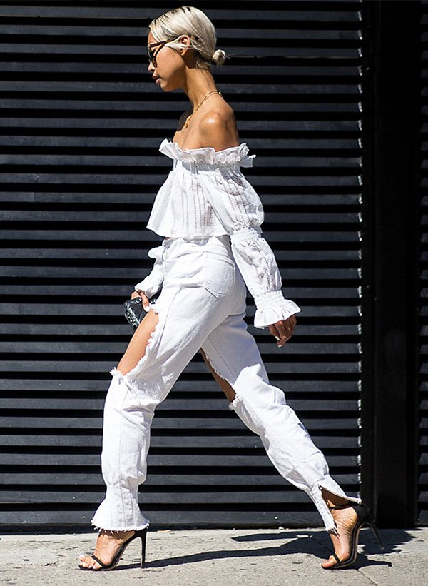 street-style-all-white-blouse-boho-heels