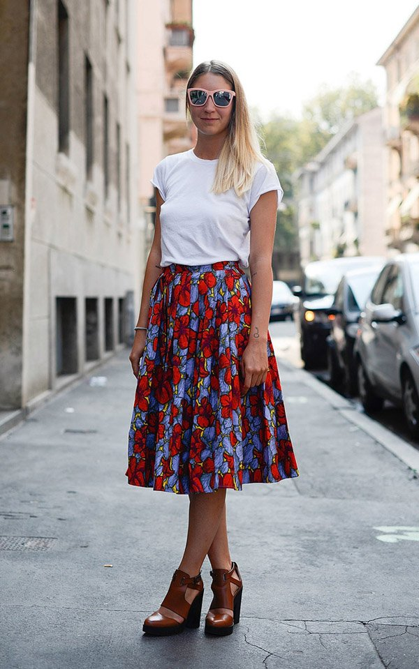 Midi Skirt T-Shirt Street Style