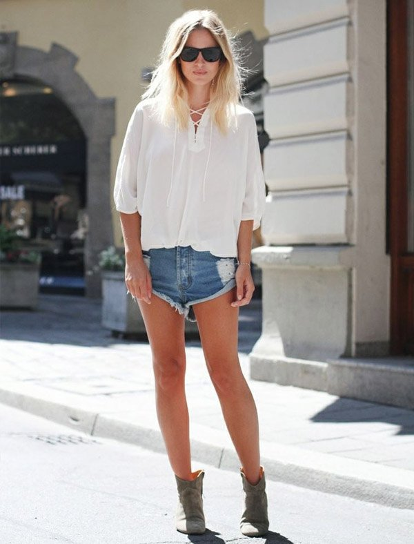 Shorts Jeans White T Shirt