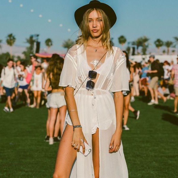 look festival total white