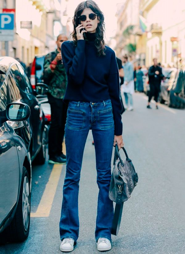 look blue turtleneck flare denim pants