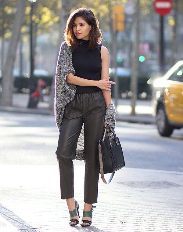 look turlteneck blouse leather pants