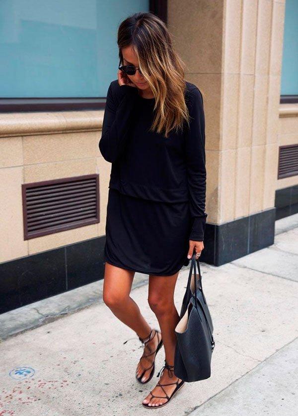 Vestido preto basico de manga longa