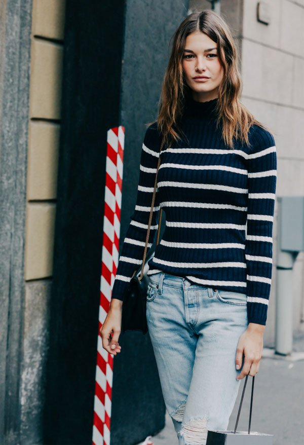 striped turtleneck blue street style