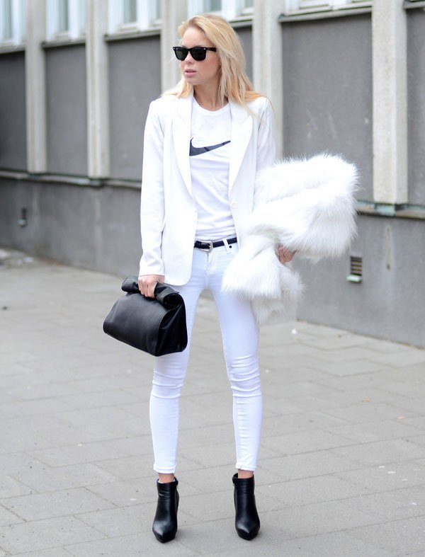 victoria tornegren all white t-shirt nike street style