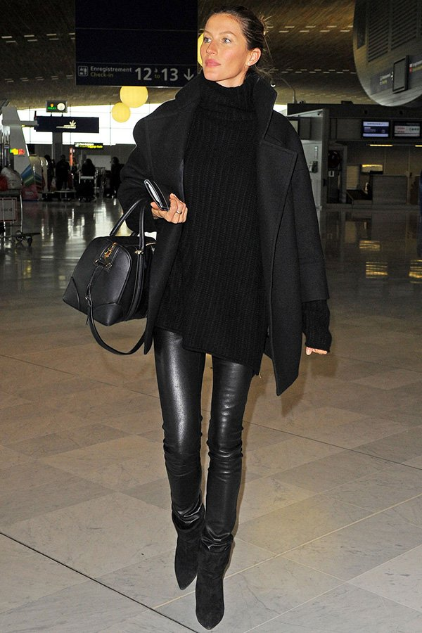 Use uma calça resinada para viajar igual a modelo