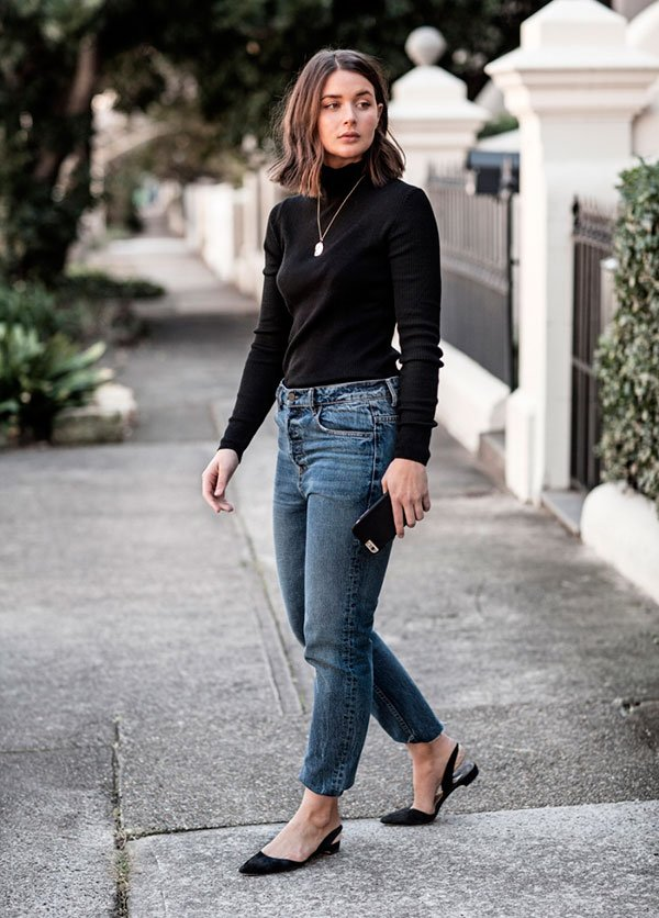 mom jeans e turtleneck