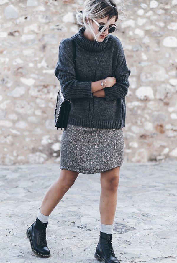 look saia de paete e tricot com coturno