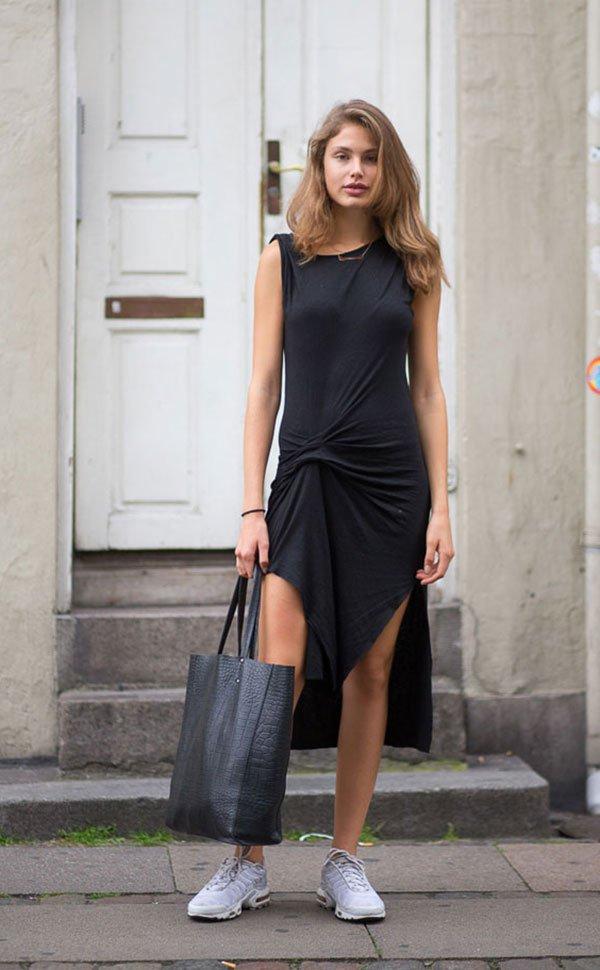 Street style look vestido preto com nó.