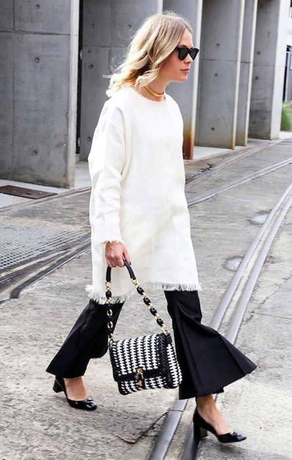 Street style look com blusa branca, calça culotte.
