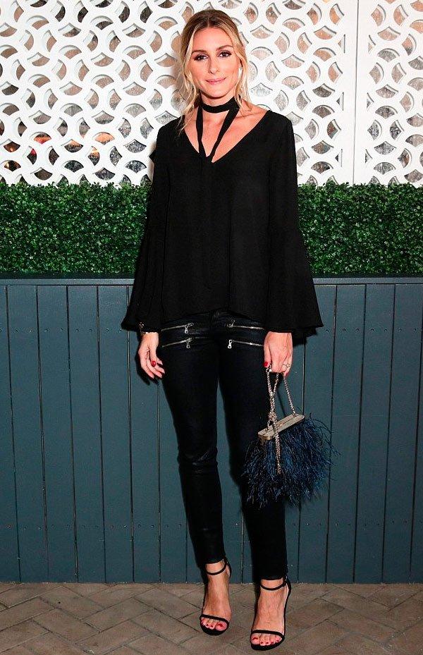 Olivia Palermo em look todo preto