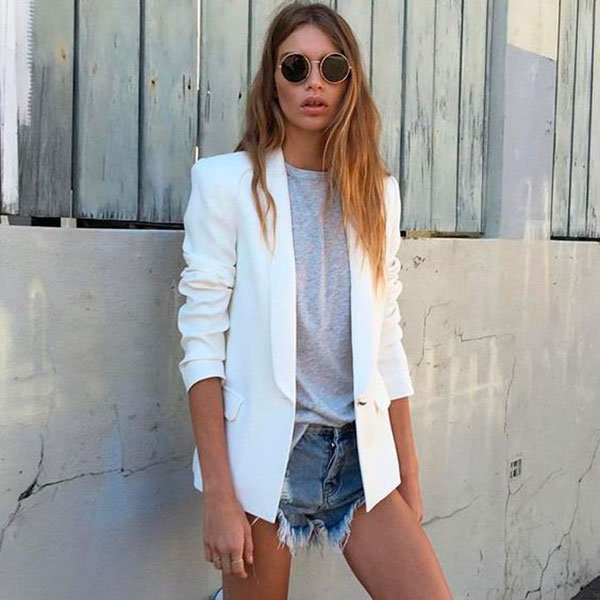 Street style look com shorts jeans