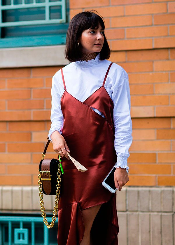 sobreposição t-shirt e vestido