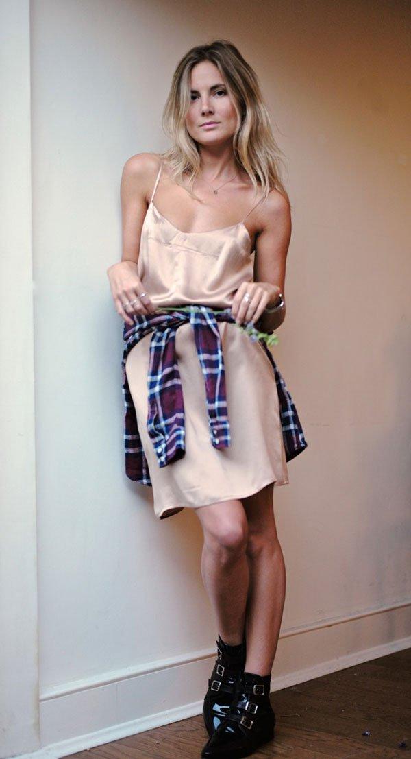 slip dress e camisa