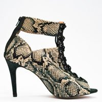 ankle boot phyton