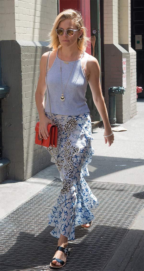 Street style look Sienna Miller