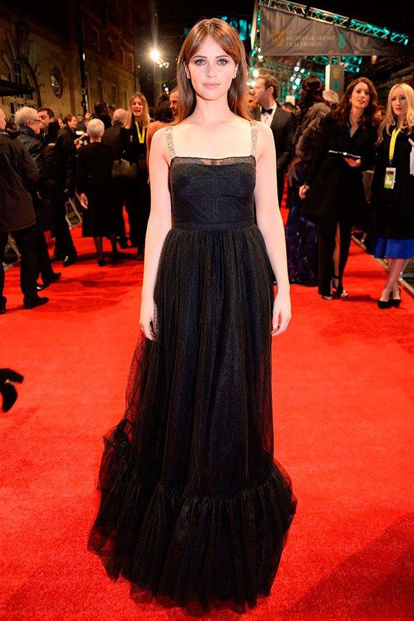 Felicity Jones usa Dior
