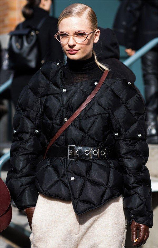 Street style look com casaco Doudounes.