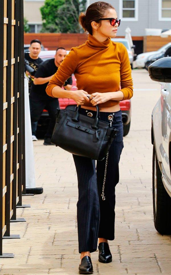 Selena Gomez calça