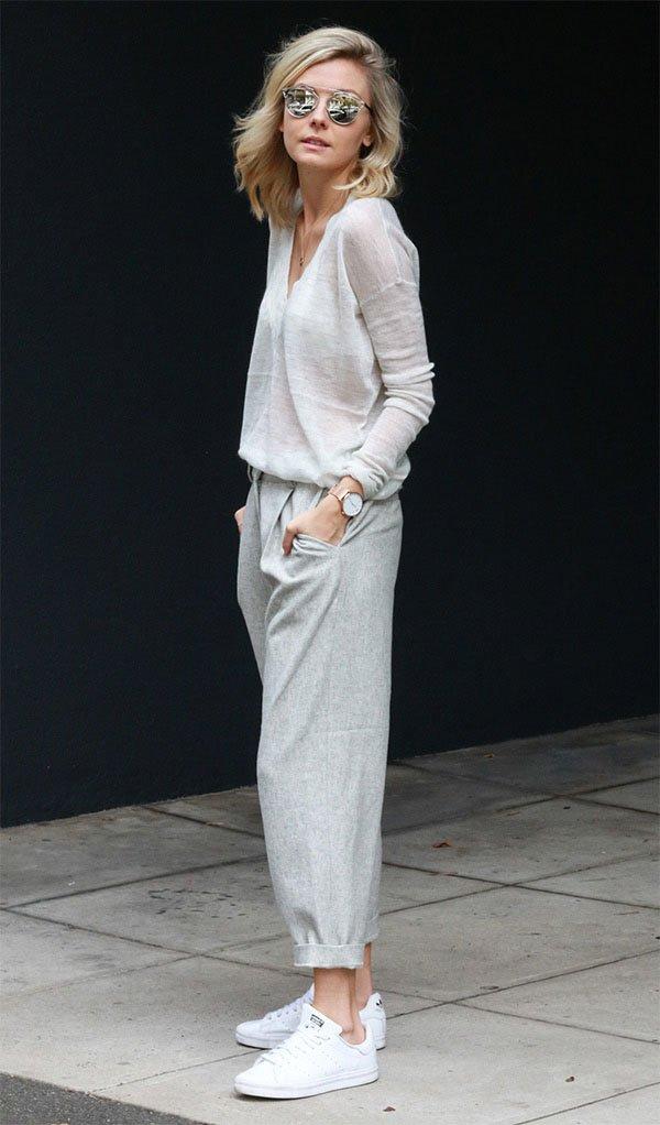 Street style look com calça alfaiataria.