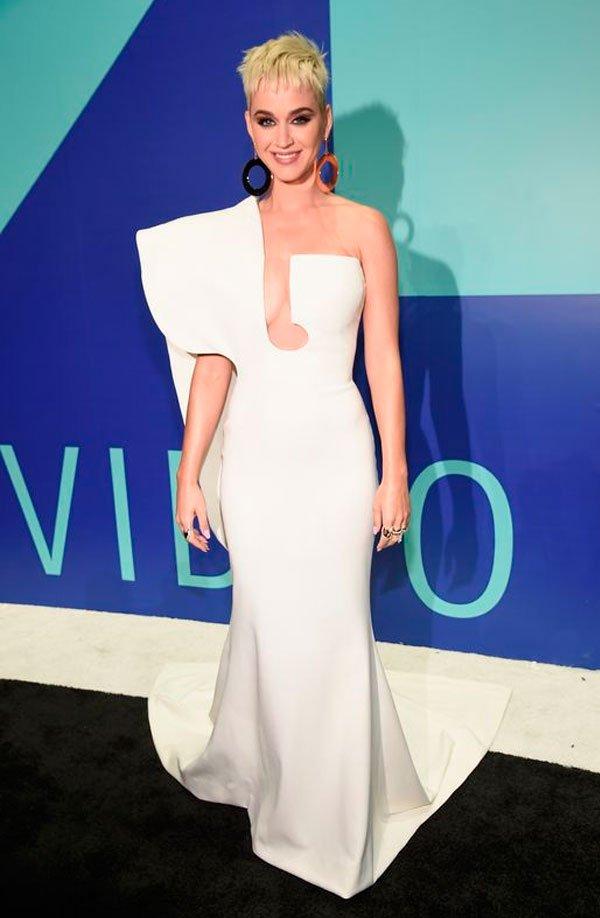 Katy Perry veste Stéphane Rolland