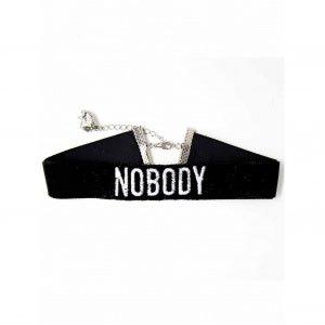 Chocker Número Collar Preto Noboby