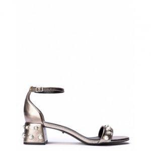 Sandália Salto Grosso Com Pérolas