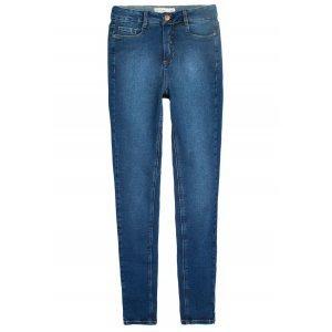 Calça Jeans Na Base Los Angeles Com Lavação Tradicional