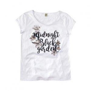 Blusa Feminina Tipo T-Shirt Com Estampa Localizada