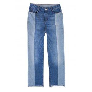 Calça Jeans Cropped Com Mix De Lavações