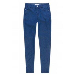 Calça Jeans Na Base Berlin Em Lavação Moderna