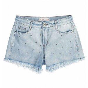 Shorts Jeans Com Barras Desfiadas E Tachas