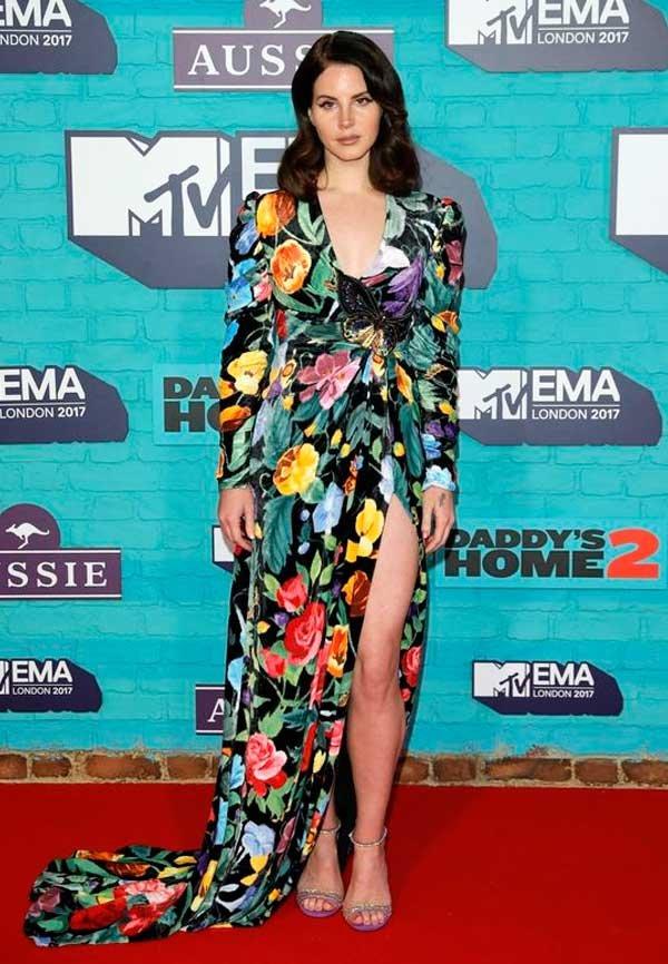 Lana Del Rey veste Gucci