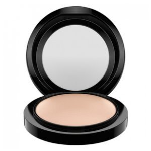 Pó Compacto M·a·c Mineralize Skinfinish Natural Medium 10G