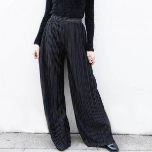 Calça Pantalona Plissada