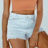 Short Jeans Mom Off Tamanho: P - Cor: Off White
