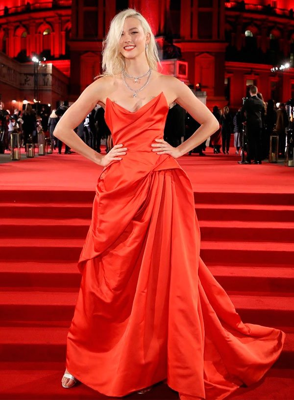 Karlie Kloss veste Vivienne Westwood Couture