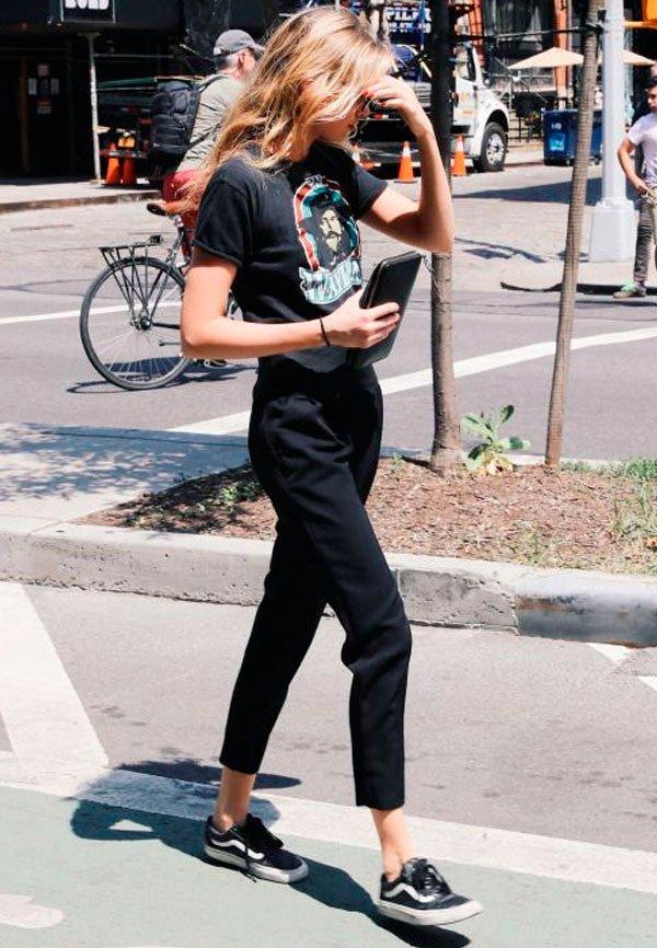 Duo we love: t-shirt e calça de alfaiataria