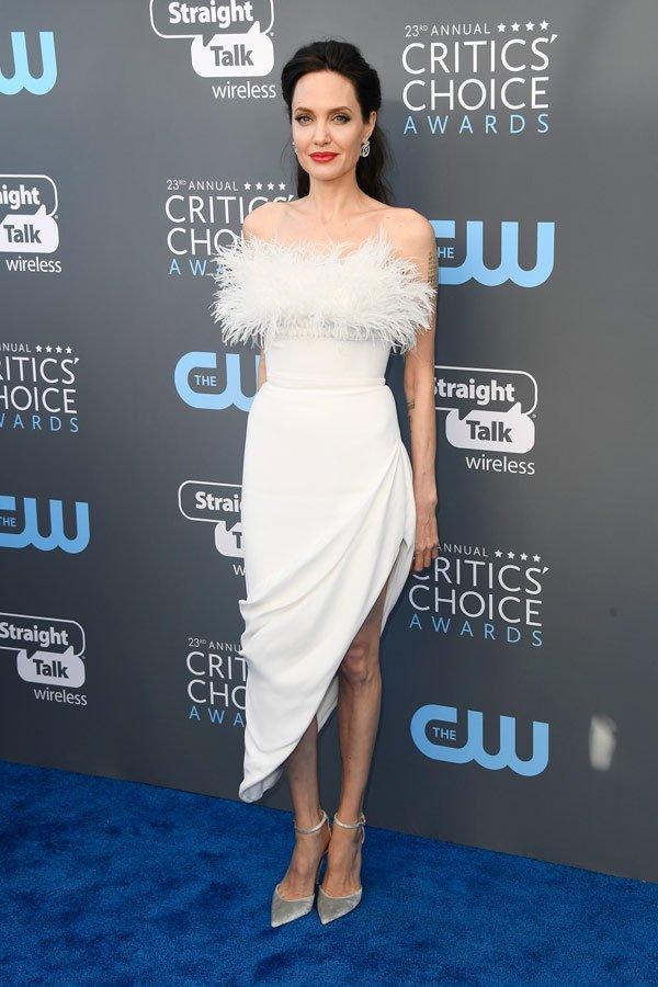 Angelina Jolie veste Ralph&Russo