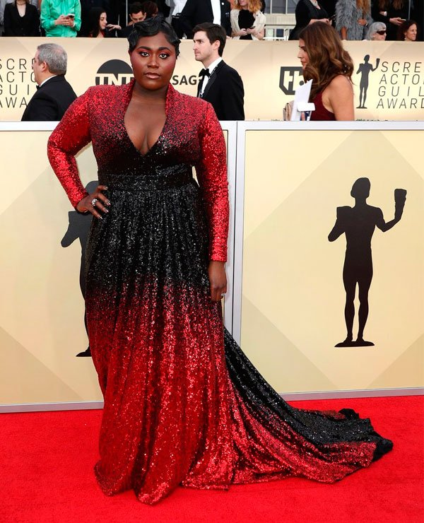 Danielle Brooks veste Marc Bouwer.