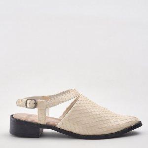 Sapato Escamado Couro Off White Tamanho: 36 - Cor: Branco