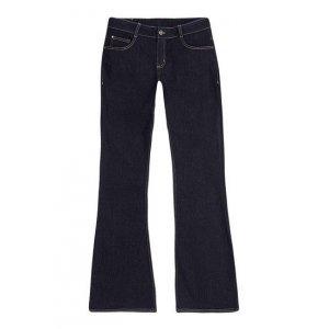 Calça Jeans Feminina Flare Em Algodão Com Cintura Intermediária