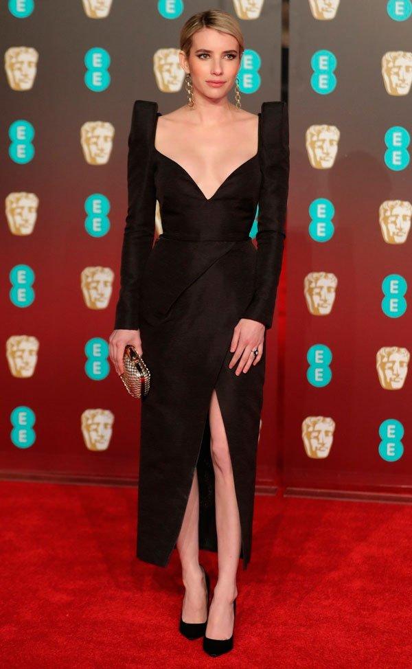 Emma Roberts veste Schiaparelli