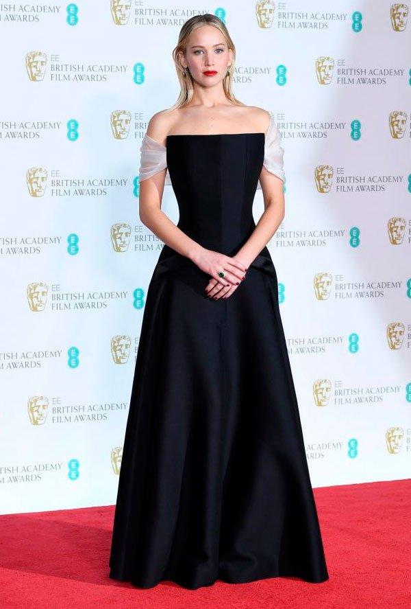 Jennifer Lawrence veste Christian Dior