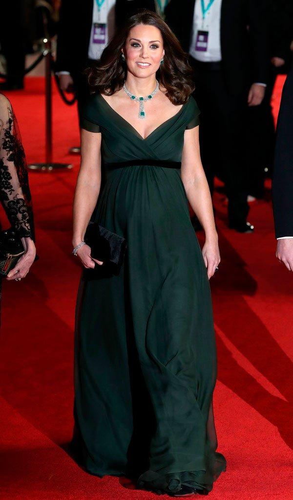 Kate Middleton veste Jenny Packha