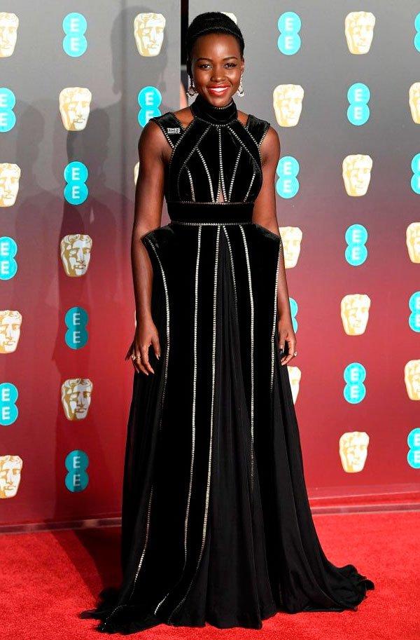 Lupita Nyong'o veste Elie Saab