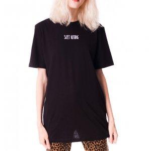 Camiseta Sweet Nothing Tamanho: P - Cor: Preto