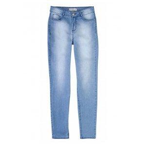 Calça Jeans Na Base Berlin Em Lavação Délavé